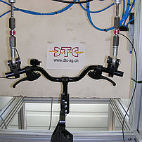 Bicycle handlebar fatigue test