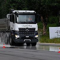 Lorry sliding surface braking effect test