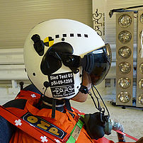 Helmet test for a fighter pilot when the ejector seat is triggered, in line with customer specifications